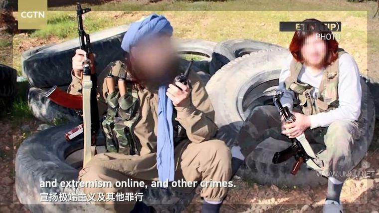 央视纪录片《暗流涌动——中国新疆反恐挑战 The War in The Shadows 2021》国语中英双字 1080P/MP4/549M 新疆反恐纪录片下载插图(1)